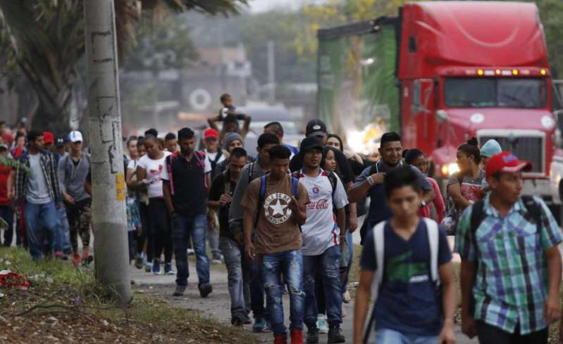 una-nueva-caravana-de-migrantes-parte-de-honduras-hacia-estados-unidos