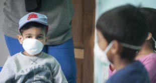 Para vacunar completamente a los niños contra el covid-19 antes de volver a la escuela, muchos padres deben actuar ahora